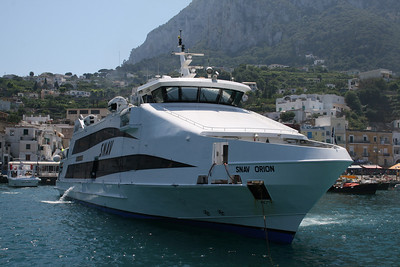 2008 - HSC SNAV ORION arriving in Capri.