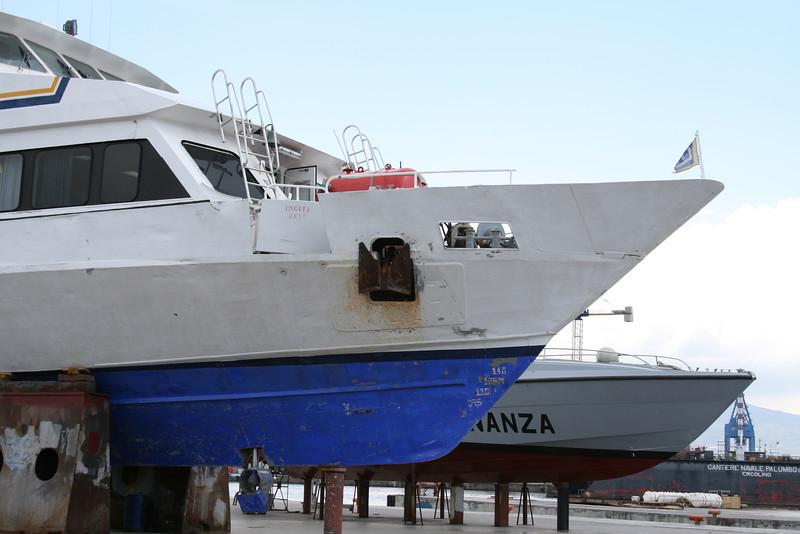 2011 - M/S SORRENTO JET in dry dock in Napoli.