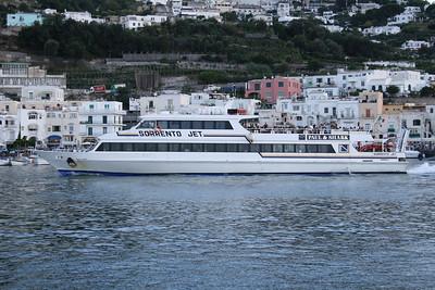 2008 - M/S SORRENTO JET departing from Capri.