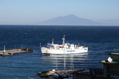 2011 - F/B ADEONA arriving to capri.