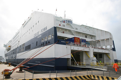 2008 - CRUISE ROMA moored in Civitavecchia.