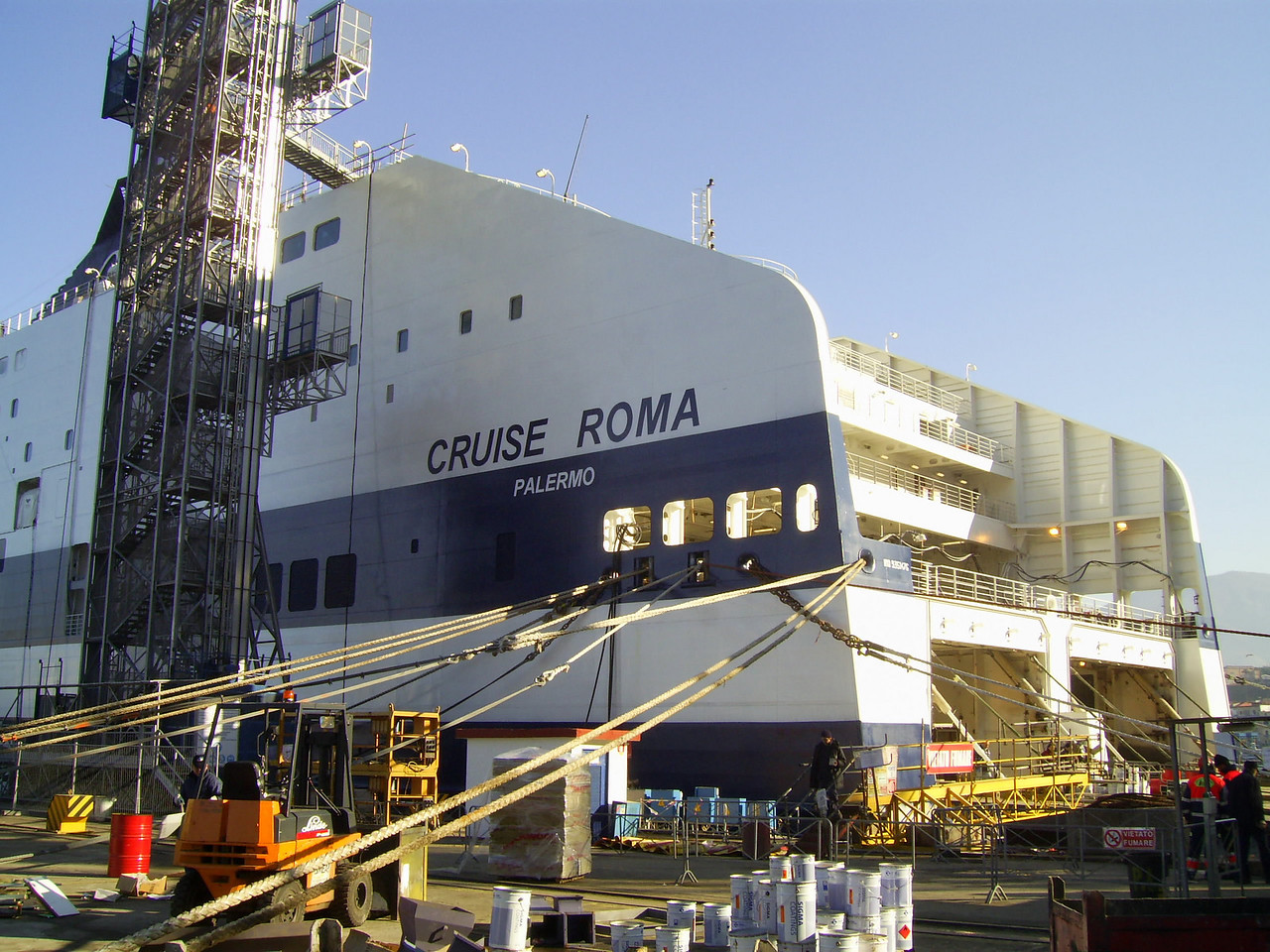 2007 - CRUISE ROMA in construction at Castellammare di Stabia.