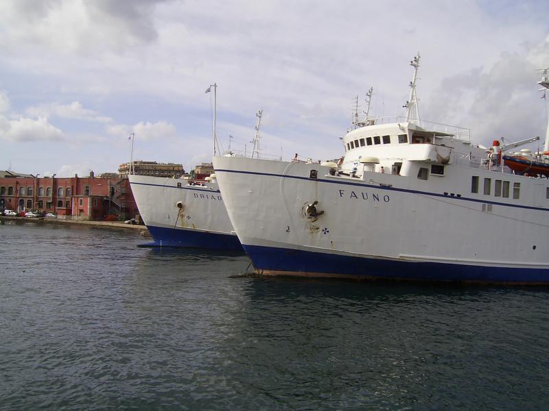 2007 - FAUNO and DRIADE sisterships in Napoli
