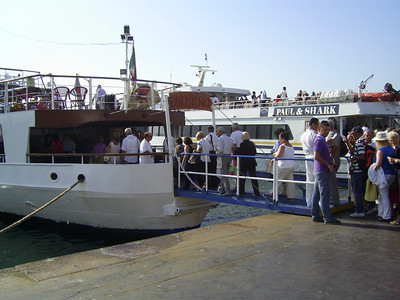 2010 - F/B FALERNO embarking in Napoli.