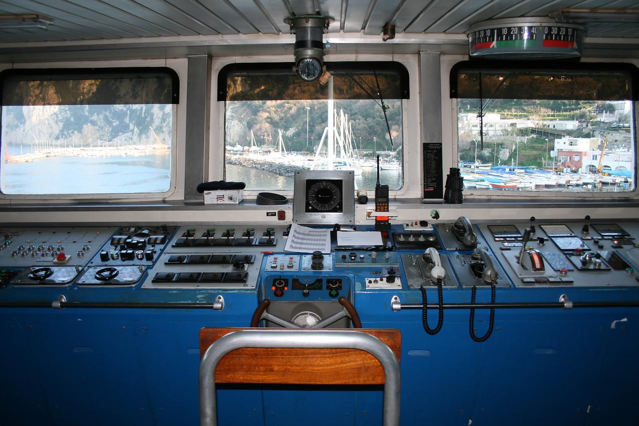 2008 - On board F/B FAUNO : the bridge.