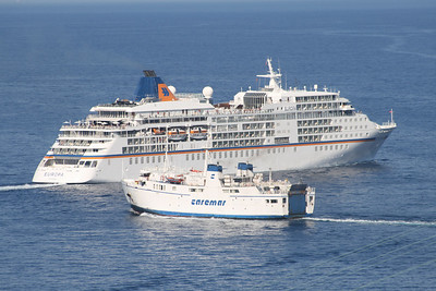 2010 - M/S EUROPA escaped from collision with F/B FAUNO offshore Capri.