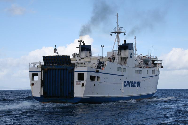 2009 - F/B FAUNO at sea in the Gulf of Napoli.