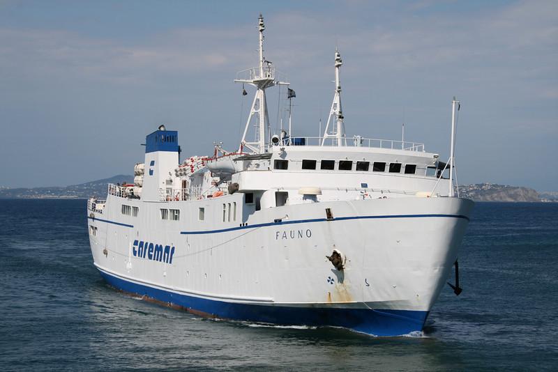 2008 - F/B FAUNO arriving to Ischia.