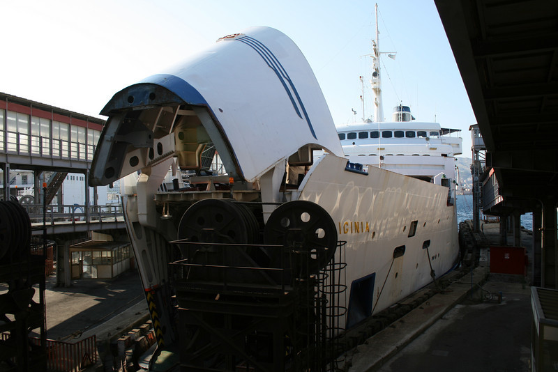 2009 - Trainferry IGINIA in Messina.