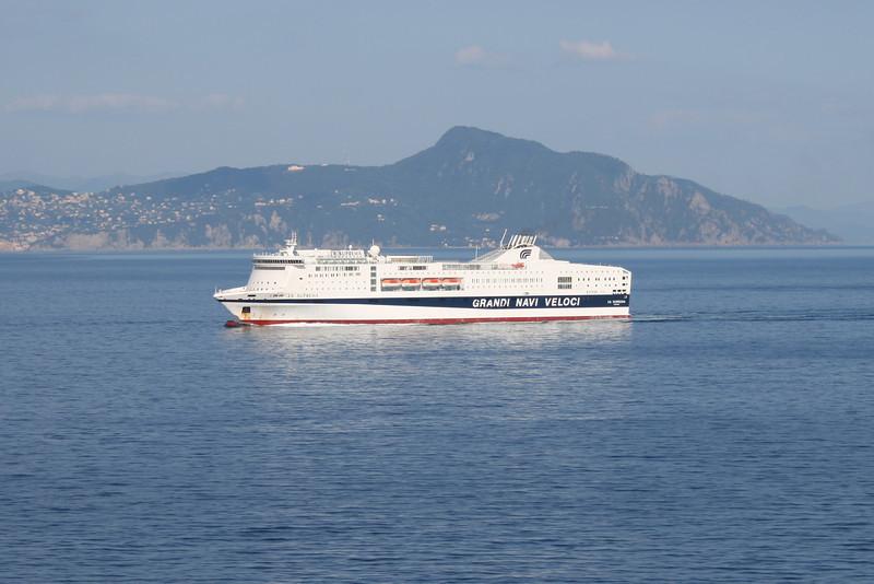 2010 - F/B LA SUPREMA on route to Genova.
