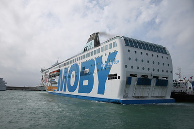 2008 - F/B MOBY FREEDOM departing from Civitavecchia.