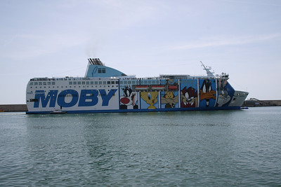2008 - F/B MOBY WONDER departing from Civitavecchia.