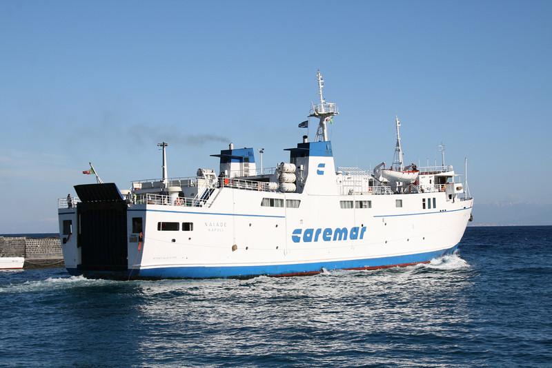 2011 - F/B NAIADE departing from Capri.