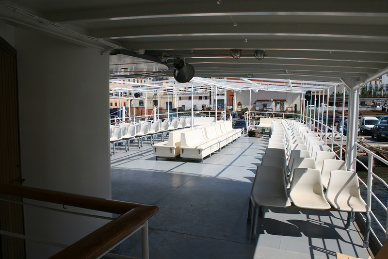 2009 - On board F/B PATRIZIA laid up in Napoli, during maintenance works waiting the summer.