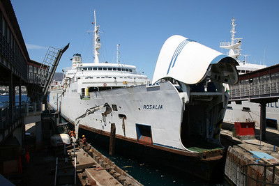 2010 - Trainferry ROSALIA docked for works in Messina.