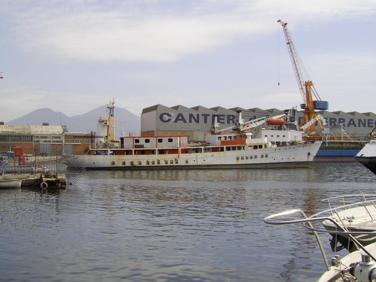 2007 - SANTA MARIA DEL MARE during conversion works in Napoli.