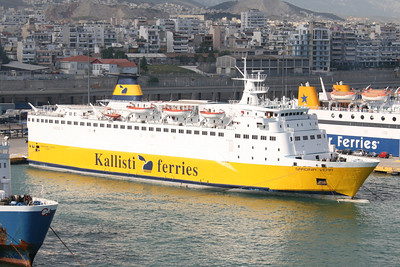 2008 - F/B SARDINIA VERA in Piraeus chartered to KALLISTI FERRIES.