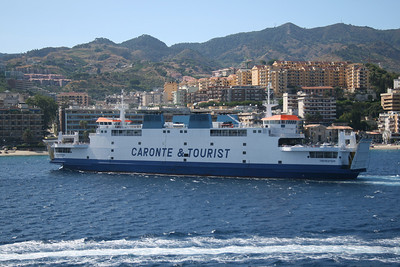 2010 - TREMESTIERI arriving to Messina.