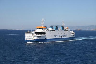 2010 - TREMESTIERI in the strait of Messina.