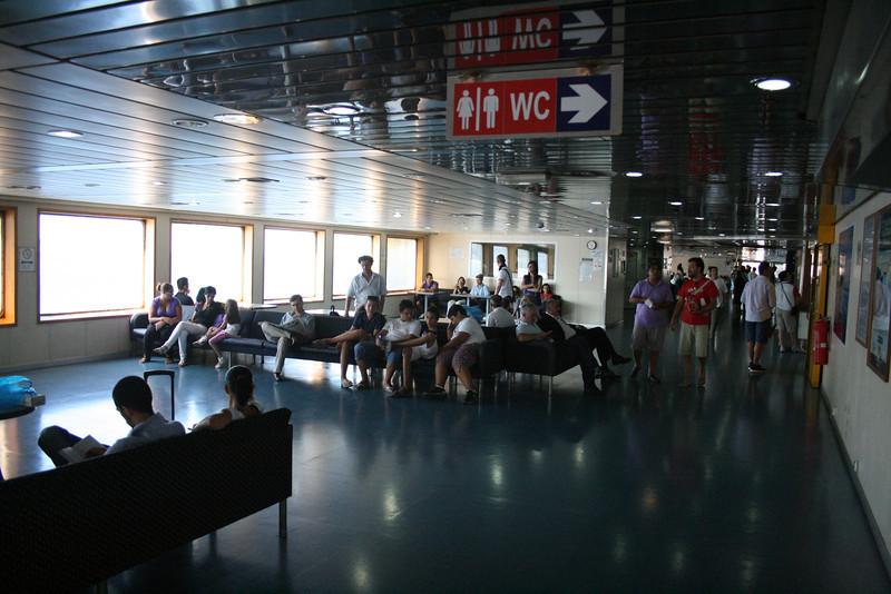 2010 - On board VESTFOLD : main deck.
