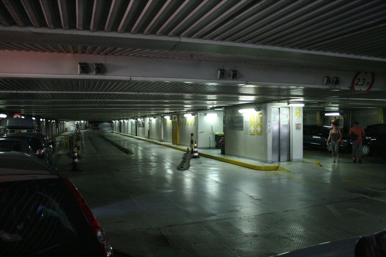 2010 - On board VESTFOLD : upper car deck.