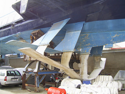 Kolkhida type hydrofoil ALIKENIA laid up and hauled in Napoli. Front wings.