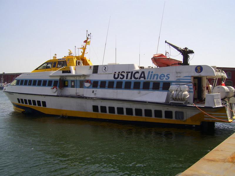 Hydrofoil EDUARDO M moored in Napoli. Service on route Napoli-Ustica-Favignana-Levanzo-Trapani.