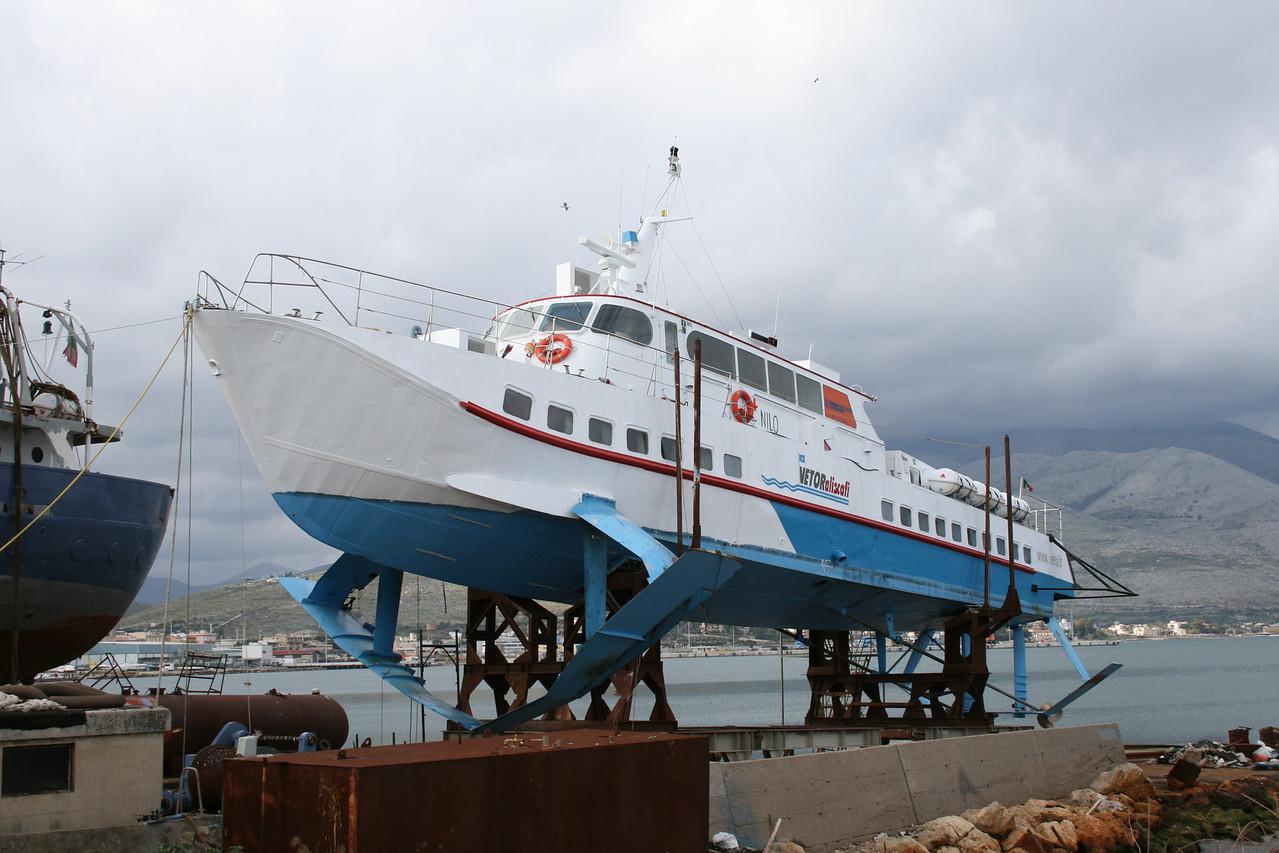 2008 - Hydrofoil NILO in dry dock in Gaeta.