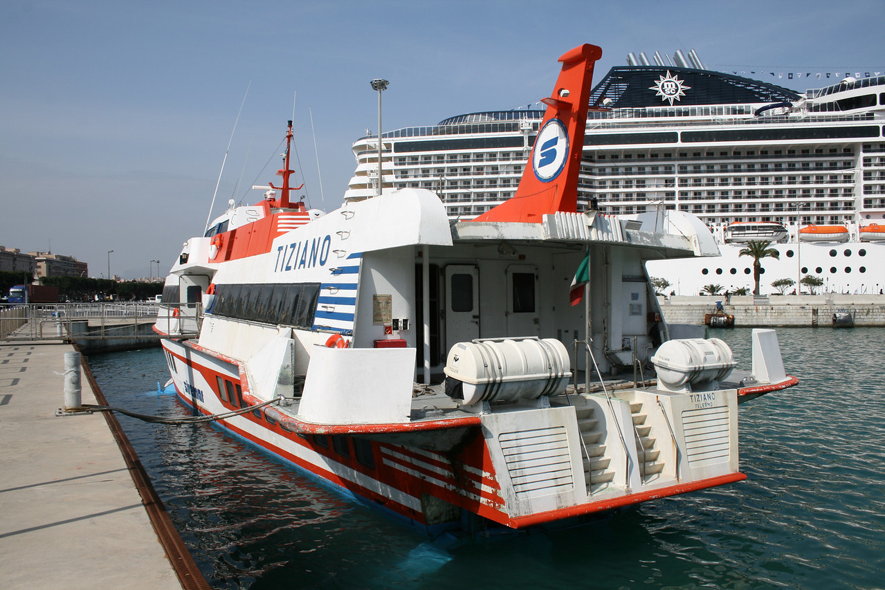2009 - Hydrofoil TIZIANO in Palermo.