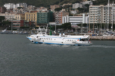 2008 - H/F VETOR 944 arriving to Formia.