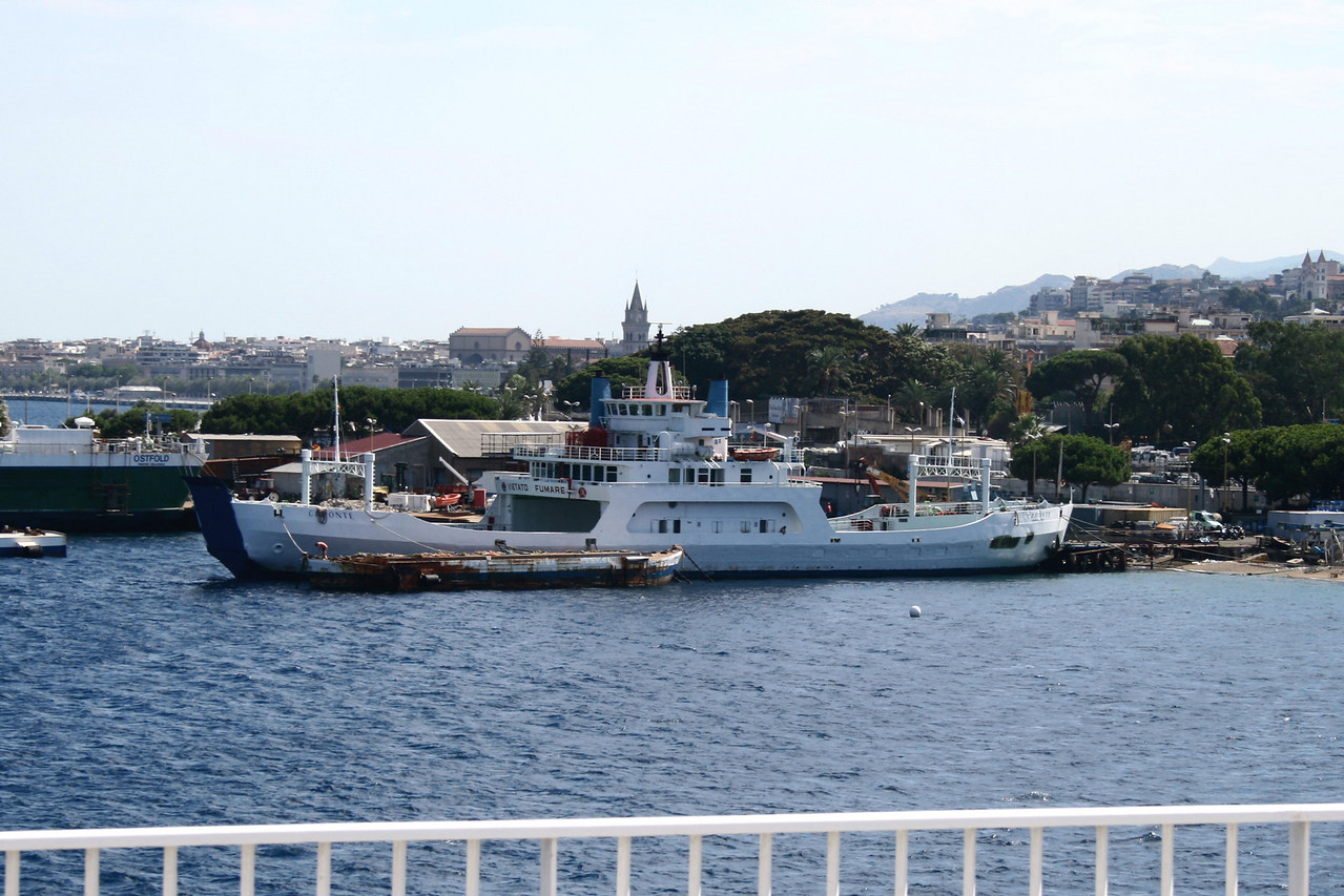 F/B CARONTE in Messina.
