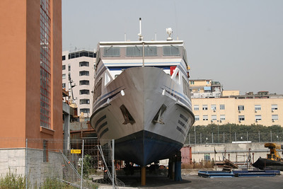 ISCHIAMAR III in dry dock.