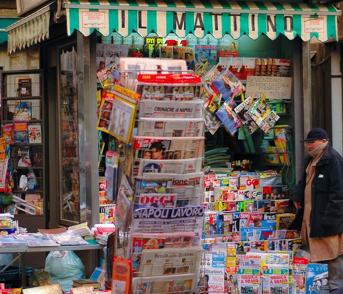 Il Matino News Stand<br /> Naples, Campania