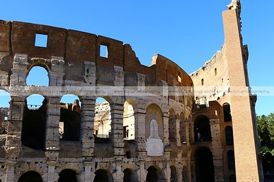 Colosseo di Roma (Roman Colosseum or Coliseum), Rome, Italy