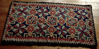 Double interlocked tapestries – rölakan. Eight-pointed stars with star variations. | Collection: Jöns Jons Farmstead museum, Sweden.