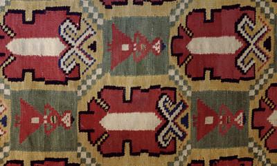 Double interlocked tapestries – rölakan. Pomegranates/palmettes in diagonal framing. (closeup detail). | Collection: Bara Farmstead museum, Sweden.