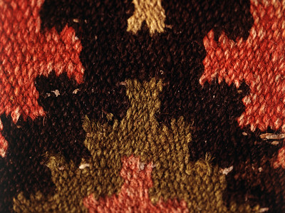 Double interlocked tapestries – rölakan. Simple stars in combination with other design (closeup detail). | Collection: Karlshamn museum, Sweden.