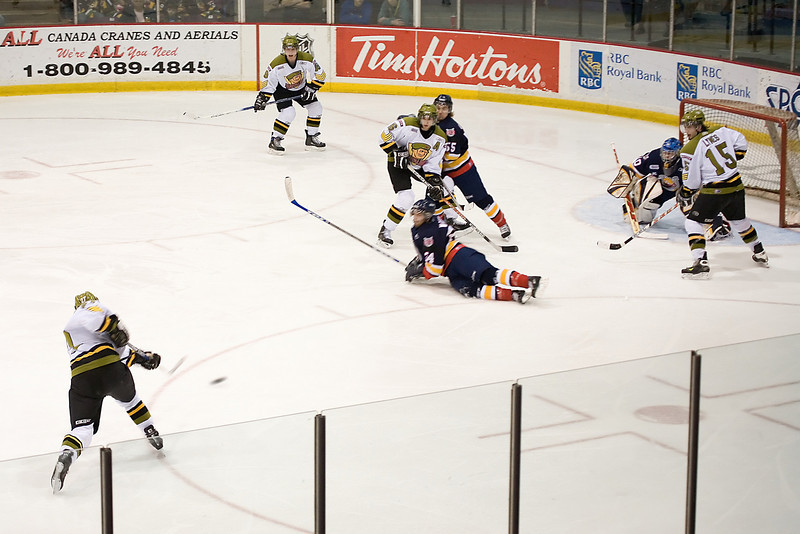 Brampton Battalion scoring on the Barrie Colts.