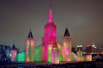 1992 Winter Carnival Ice Castle---IC-7002