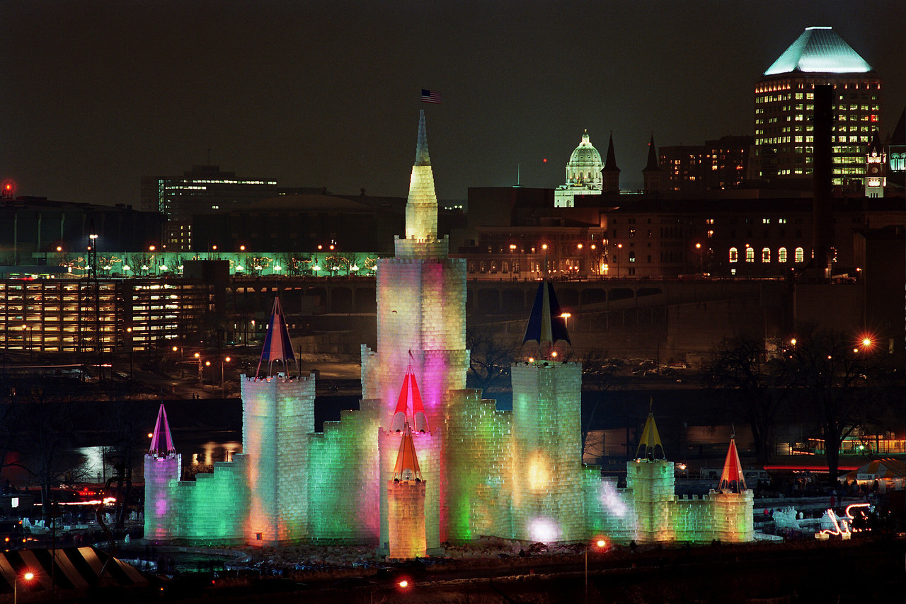1992 St. Paul Winter Carnival Ice Castle---IC-7014