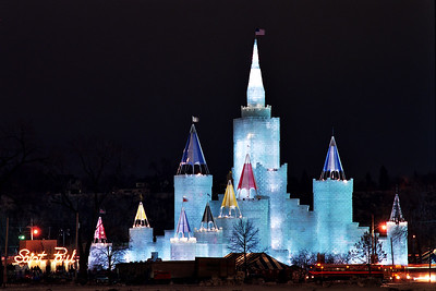 1992 St. Paul Winter Carnival Ice Castle---IC-7031