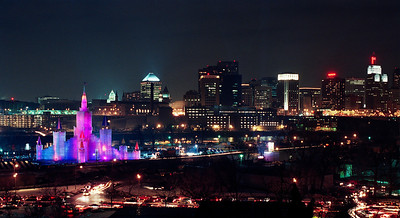 1992 Winter Carnival Ice Castle & St. Paul Skyline---IC-7010