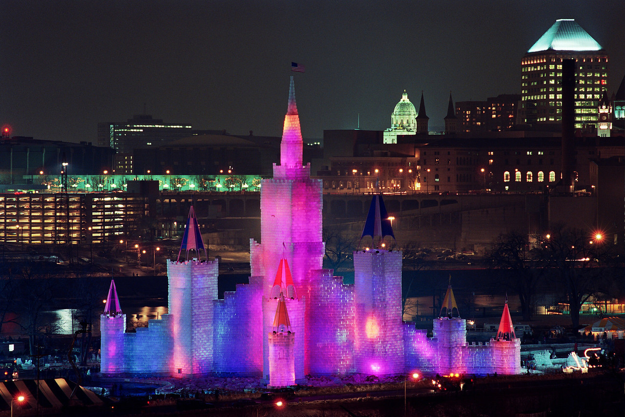 1992 St. Paul Winter Carnival Ice Castle---IC-7016