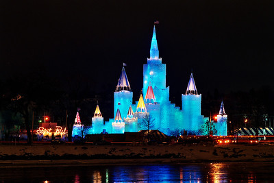 1992 St. Paul Winter Carnival Ice Castle---IC-7030