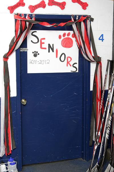 Dawgs Senior Night 02-11-12- 001ps