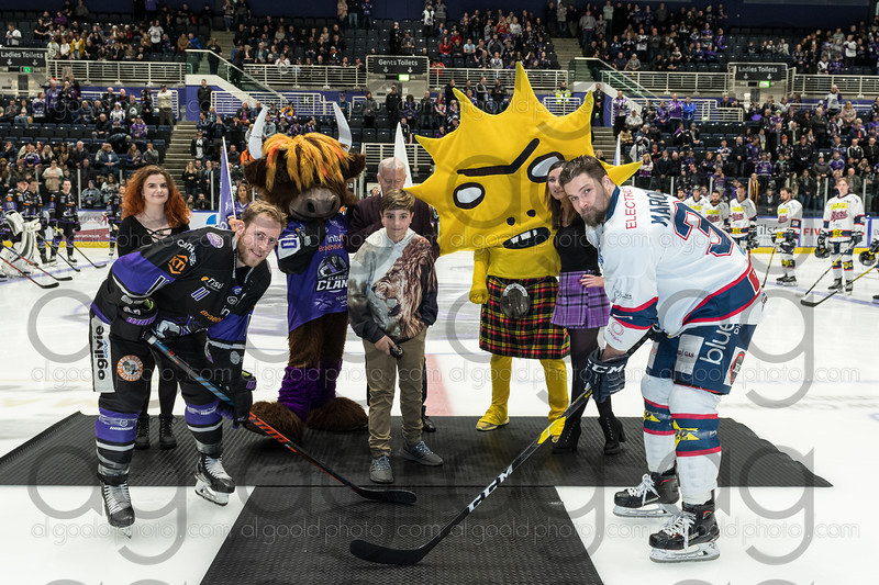 "Glasgow Clan - 4 (Heywood, Springer, Roy, Haywood)<br /> Dundee Stars - 1 (Gans)<br /> <br /> Clan progress to the Challenge Cup semi-finals 5-2 on aggregate, at Intu Braehead Arena on 11 December 2019.<br /> Picture: Al Goold ( <a href=""http://www.algooldphoto.com"">http://www.algooldphoto.com</a>)"