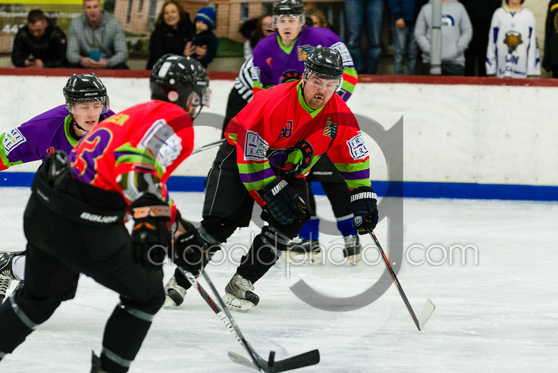 """Pink v Purple, in """"Millie's Miracle"""" charity game on behalf of  a Neonatal Charity, at Ayr Ice Rink on  ,12 November 2016, Picture: Al Goold ( <a href=""""http://www.algooldphoto.com"""">http://www.algooldphoto.com</a>)"""