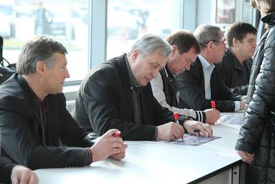 Звезды Ночной хоккейной лиги. Пресс-конференция и автограф-сессия в Челябинске. 20 октября 2013
