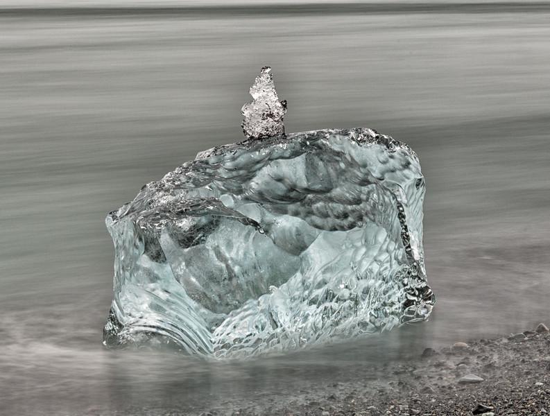 Jokulsarion ocean side photography-long exposure