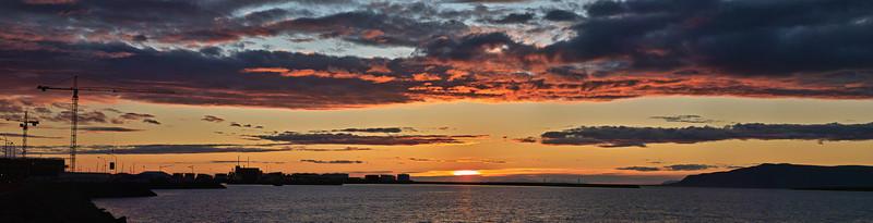 Rekyavik Bay sunset